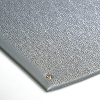 Low charging anti-fatigue matting